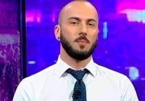 Грузинский журналист Георгий Габуния, известный тем, что год назад в эфире нецензурно обругал президента России, опять сделал это: в эфире грубо обругал президента России, а заодно и главу Чечни Рамзана Кадырова