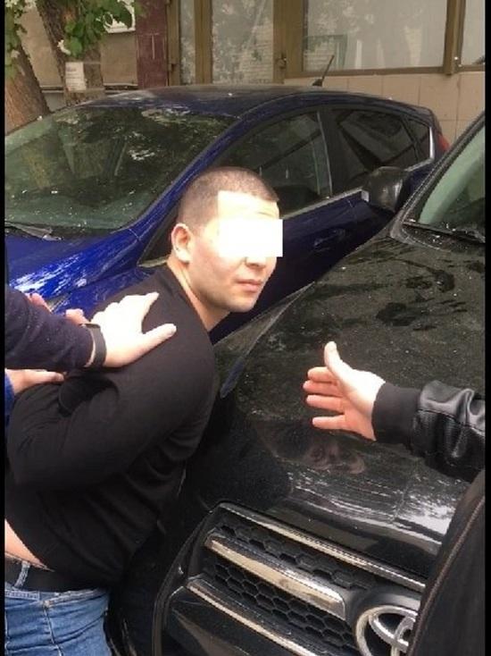 Задержан лжеполицейский, который обещал свердловчанам решить проблемы