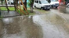 Ливень превратил в реки тротуары и дороги Читы