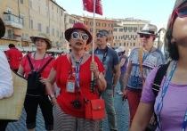 В Сикстинской капелле посетителей  меньше, чем персонажей на картин Микеланджело