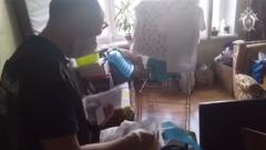 """Появилось видео из квартиры с пятью """"бесхозными"""" младенцами"""