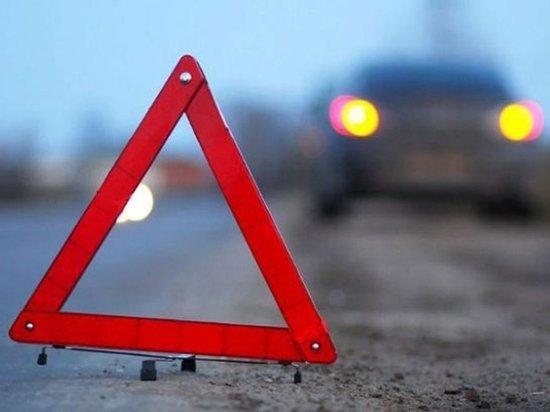 На трассе в Хакасии перевернулся автомобиль с водителем-трусом
