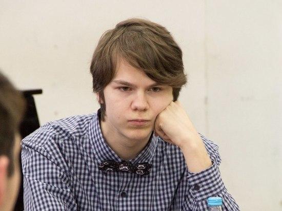 Друзья вспоминают студента, убитого охранником на Невском проспекте