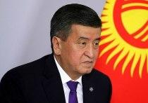 Президент Киргизии не попал на парад из-за коронавируса у сопровождающих