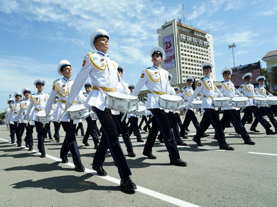 Тысячи военнослужащих приняли участие в параде Победы в Ставрополе