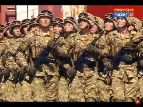 Подразделения Вооруженных сил Кыргызстана прошли по Красной площади