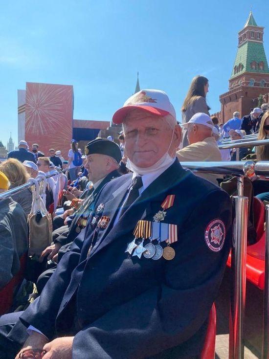 Серпухов на параде Победы представили ветеран, офицеры и курсанты