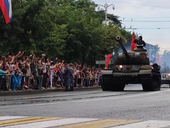 Остановка Т-34 произошла на безопасном расстоянии от людей