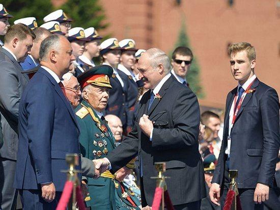 Перед отлетом в Минск Лукашенко заявил, что побывал в столице родины