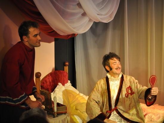 Коллектив серпуховского театра «Зазеркалье» готовится к новому сезону