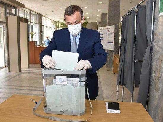 Глава Марий Эл принял участие в голосовании о поправках в Конституцию