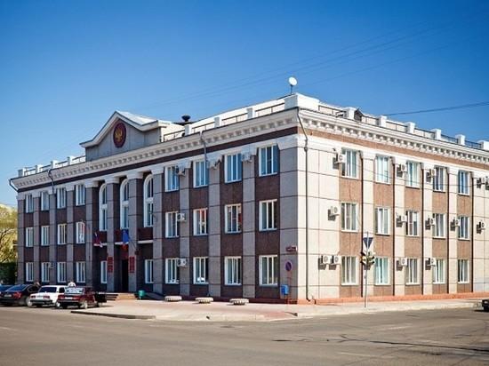 Свое мнение глава Хакасии выразил, отвечая накануне на вопрос слушателей прямого эфира о том, какого кандидата он поддержал бы на выборах мэра Черногорска в сентябре этого года