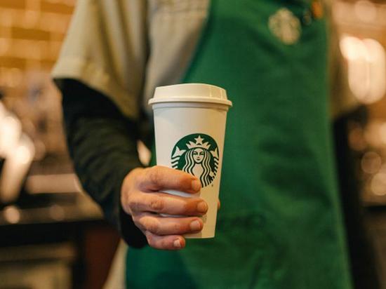 Starbucks переходит на обслуживание навынос