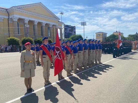 В Ставрополе наградили юнармейцев – участников парада Победы