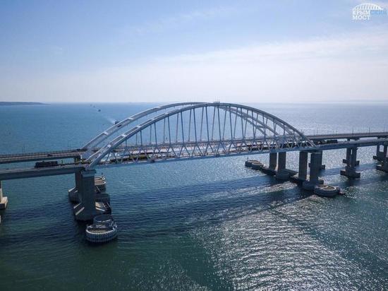 Грузовые поезда поедут по Крымскому мосту с 30 июня