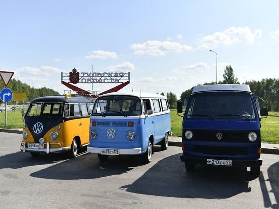Легенда Volkswagen Bulli отмечает 70-летие поездкой по Тульской области