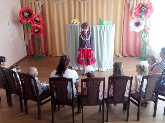 В харабалинском центре «Вера» продолжает свою работу театральный кружок