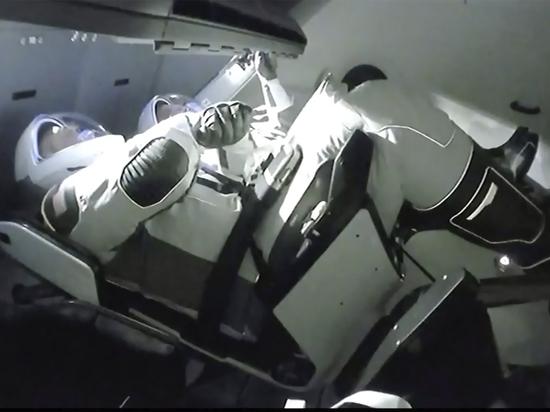 Роскосмос раскритиковал туалет корабля Илона Маска Crew Dragon