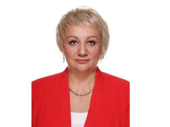 ТИК Черногорска приняла заявление от первого кандидата на участие в выборах главы города