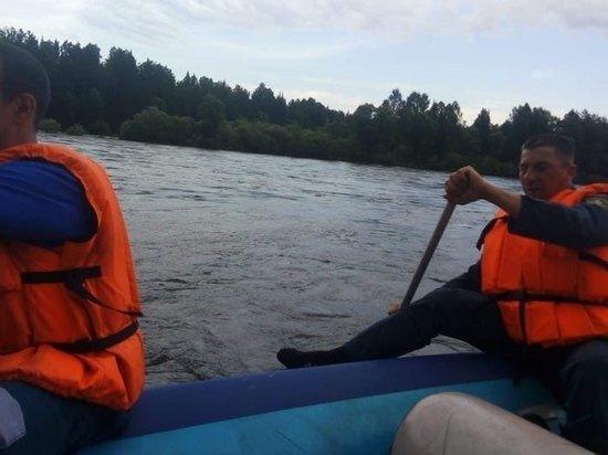 На реке Бия в Турочакском районе пропали три человека