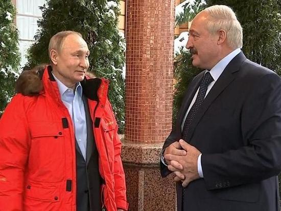 Лукашенко: Россия не хочет потерять Белоруссию ни экономически, ни политически