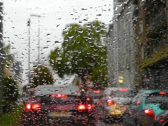 Жителей ЯНАО предупредили о дождях и шквалистом ветре