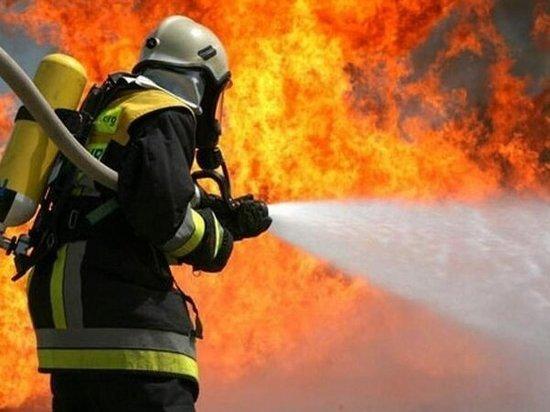 В Ростове произошел пожар на бетонной фабрике