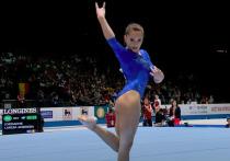 Чемпионка Европы по гимнастике привела в восторг поклонников пляжным снимком