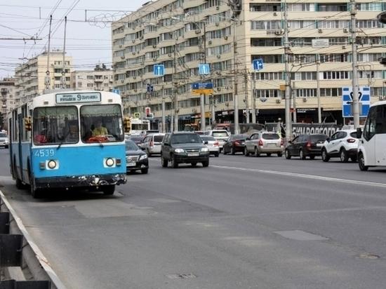 С 29 июня в Волгограде транспорт полностью возобновил движение