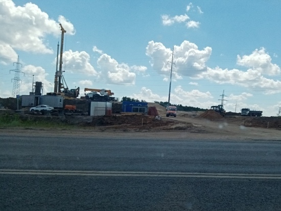 Подрядчик продолжает строить развязку в Ольгино