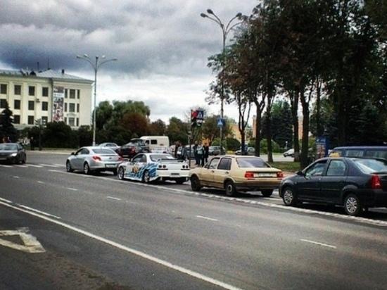 Одну из полос на площади Ленина в Пскове закрывают на ремонт