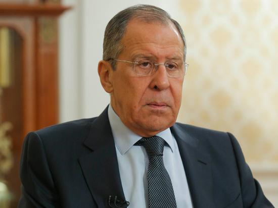 Лавров высказался о россиянах, ездящих за границу через Белоруссию