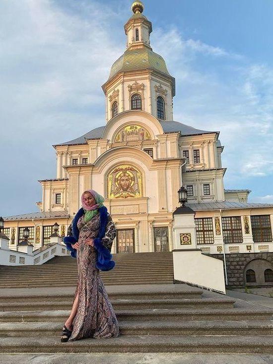 Волочкову оштрафовали за посещение монастыря во время карантина