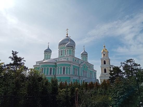 Глеб Никитин упрекнул Волочкову, которая побывала в Дивееве