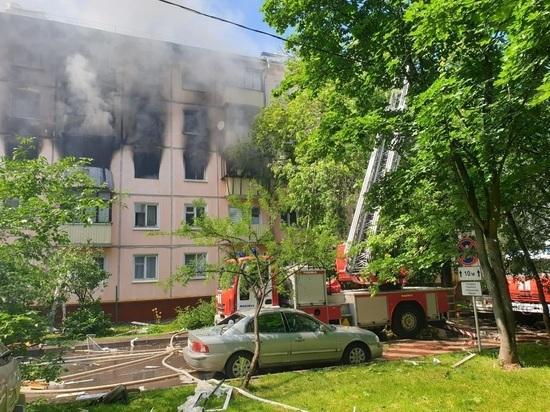 Подробности взрыва на улице Проходчиков: дом может обрушиться