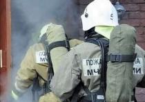 Хакасские пожарные спасали людей из задымлённой многоэтажки