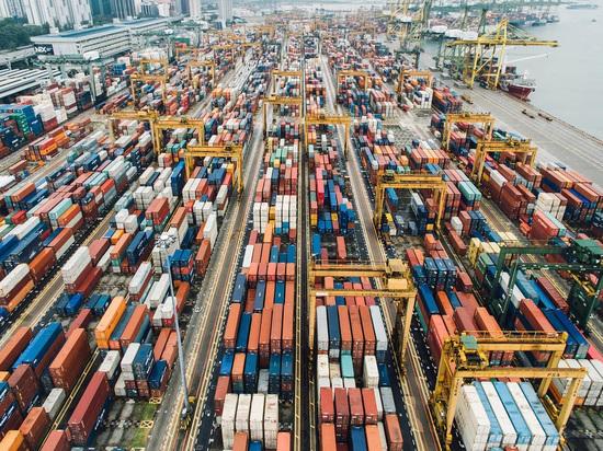 США ввели дополнительные ограничительные меры для экспорта в Россию