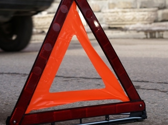 Пьяный водитель «Волги» устроил ДТП в Абакане, скрылся с места происшествия и через час его нашли в кювете на трассе