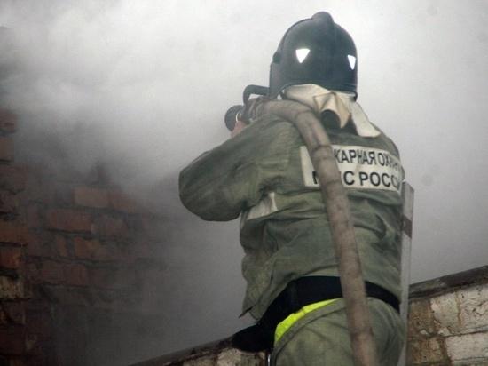 Большой частный дом сгорел в Ивановской области