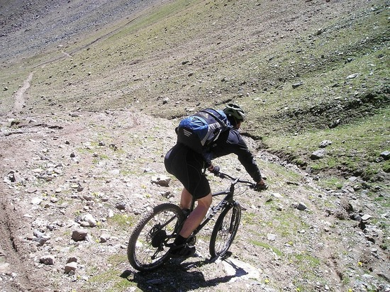 В Башкирии спасатели разыскали заблудившегося в горах велосипедиста