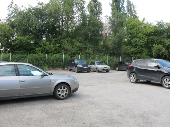 В Липецке нашли сомнительную парковку