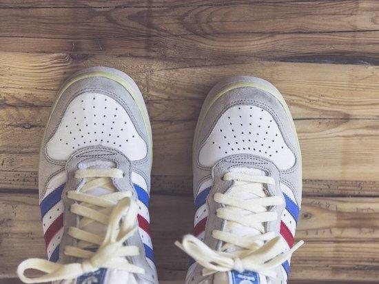 """С 1 июля обувь и табак продают с """"марками"""" - как быть псковскому бизнесу"""