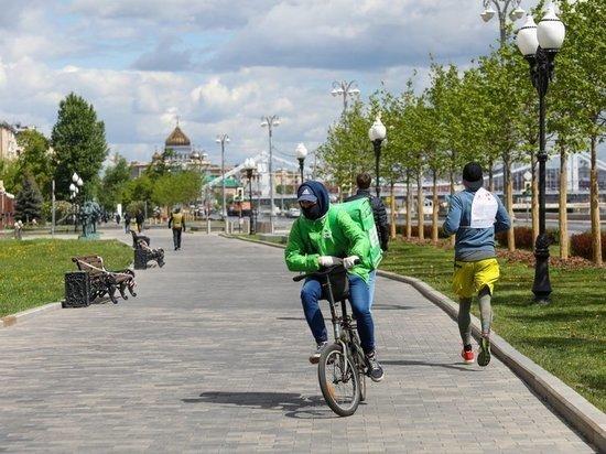 Доставщик еды на велосипеде насмерть сбил пенсионерку на западе Москвы