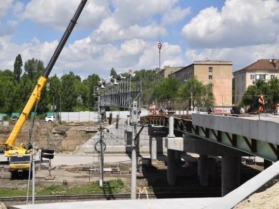 Радаев: улицу Шехурдина открыть для движения в августе, а Трофимовский мост – в октябре