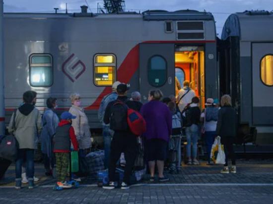 Первый прямой поезд из Екатеринбурга отправился в Симферополь
