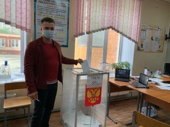В Челябинской области избирательные участки закрываются через три часа