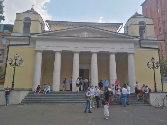 При желании можно найти Стену Плача и лютеранский собор