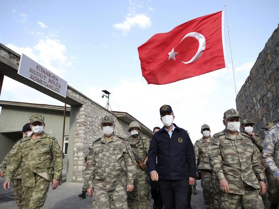 В Сети появились видео издевательств турок над курдскими женщинами