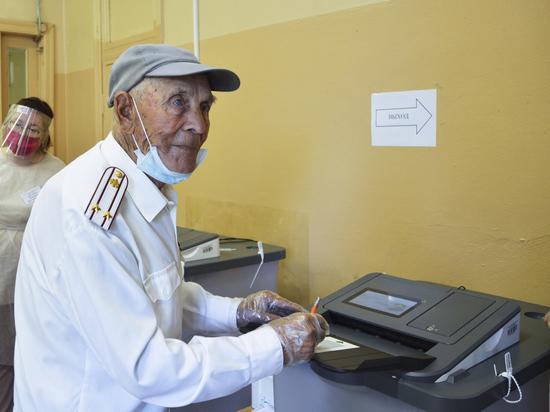 Фронтовик из Тверской области принял участие в голосовании о поправках
