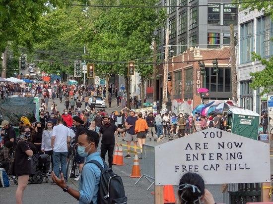 Полиция Сиэтла очистила Зону протеста после убийства и ранения подростков